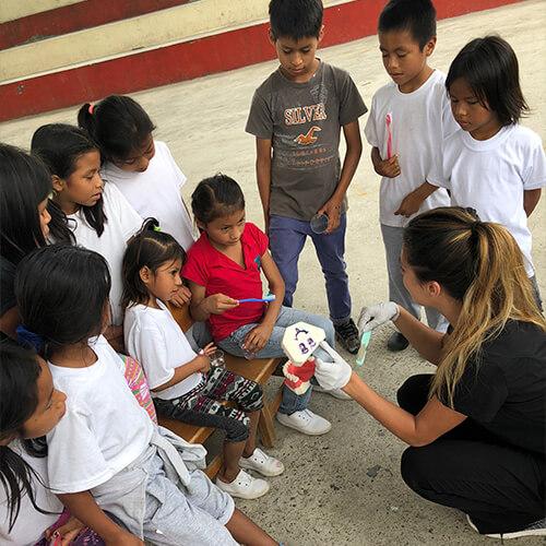 Serving Dentistry in Ecuador with MedLife 6